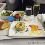 CX533ビジネスクラスの座席は快適だったが、機内食は・・・
